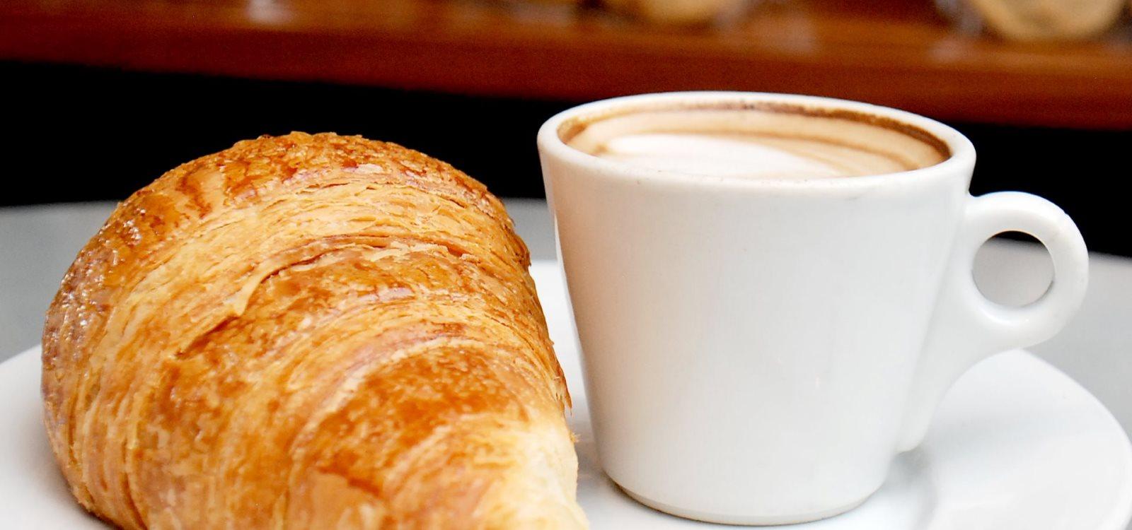 Croisant Cafe